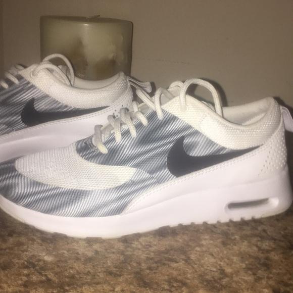 Zapatos Nike De Color Tennis Blanco Brillante Poshmark Mujeres Tennis Color 681063